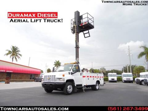 2009 Chevrolet C4500 for sale at Town Cars Auto Sales in West Palm Beach FL