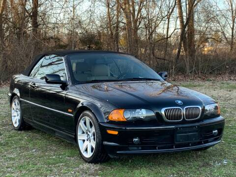 2001 BMW 3 Series for sale at Essen Motor Company, Inc in Lebanon TN