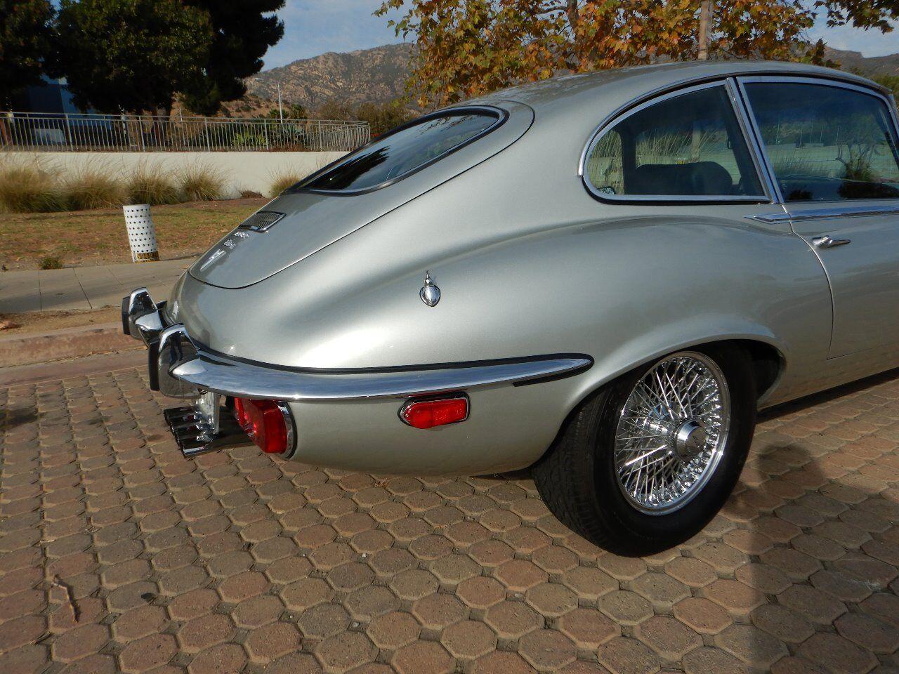 1973 Jaguar XKE 37