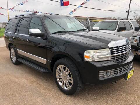 2008 Lincoln Navigator for sale at Rock Motors LLC in Victoria TX