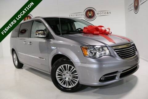 2015 Chrysler Town and Country for sale at Unlimited Motors in Fishers IN