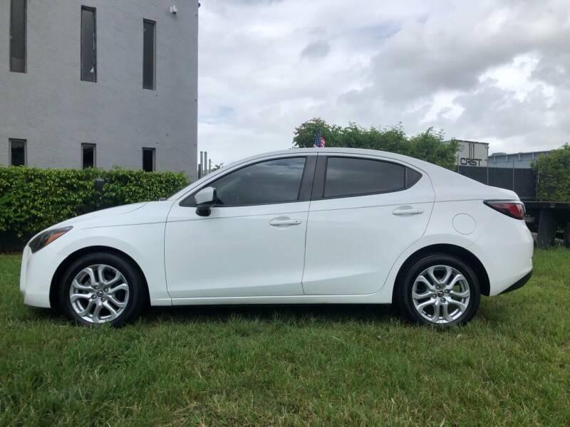 2017 Toyota Yaris iA 4dr Sedan 6A - Miami FL