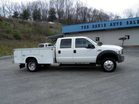 2006 Ford F-450 Super Duty for sale at Ted Davis Auto Sales in Riverton WV