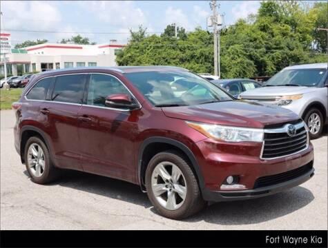 2016 Toyota Highlander for sale at BOB ROHRMAN FORT WAYNE TOYOTA in Fort Wayne IN
