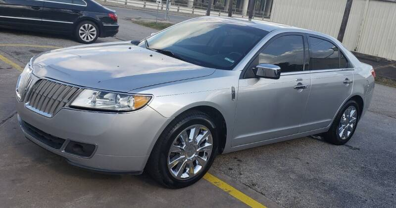 2012 Lincoln MKZ for sale at EADO AUTOMOTIVE, LLC in Houston TX