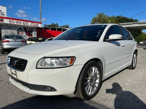 2010 Volvo S40 for sale at Always Approved Autos in Tampa FL