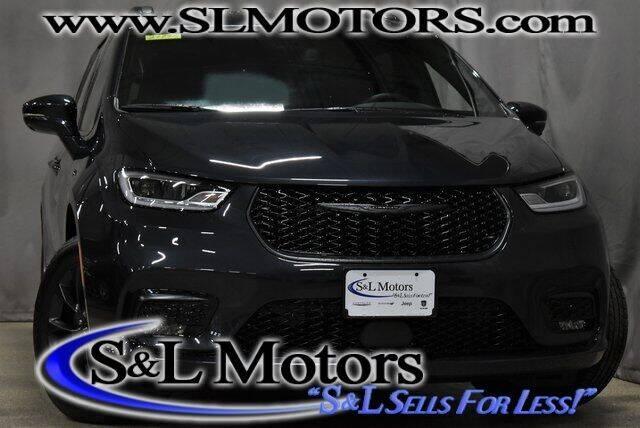 2021 Chrysler Pacifica for sale in Pulaski, WI