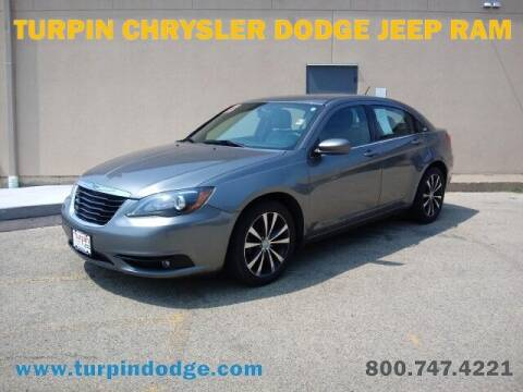 2013 Chrysler 200 for sale at Turpin Dodge Chrysler Jeep Ram in Dubuque IA