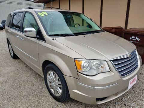 2009 Chrysler Town and Country for sale at G LONG'S AUTO EXCHANGE in Brazil IN