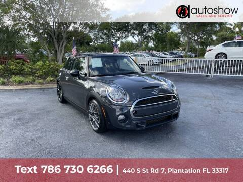 2018 MINI Hardtop 2 Door for sale at AUTOSHOW SALES & SERVICE in Plantation FL