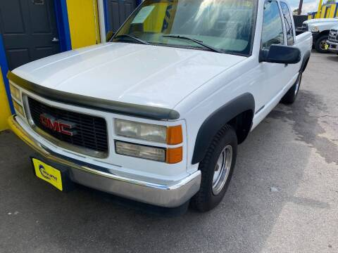 1998 GMC Sierra 1500 for sale at New Wave Auto Brokers & Sales in Denver CO