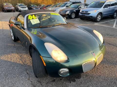 2006 Pontiac Solstice for sale at Select Luxury Motors in Cumming GA