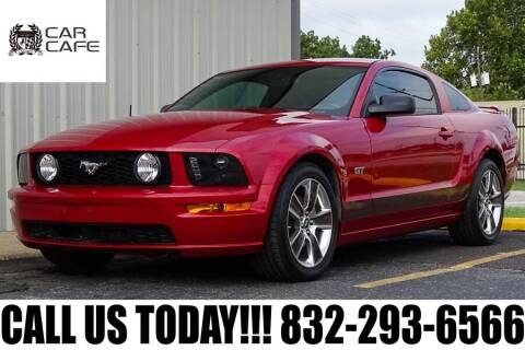 2008 Ford Mustang for sale at CAR CAFE LLC in Houston TX