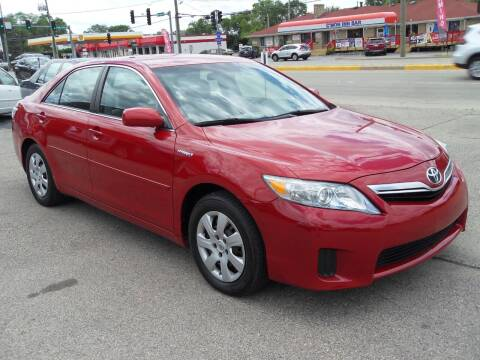 2010 Toyota Camry Hybrid for sale at GLOBAL AUTOMOTIVE in Grayslake IL