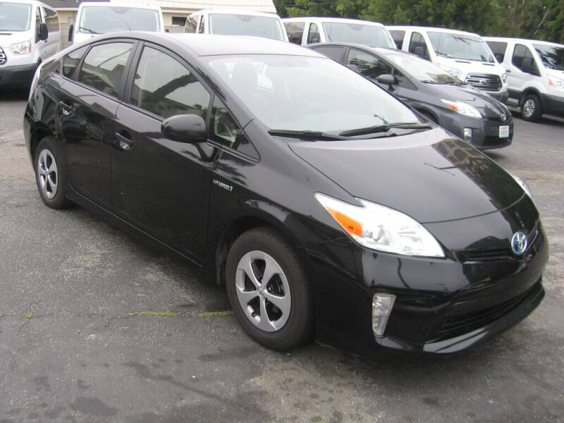 2014 Toyota Prius for sale at In-House Auto Finance in Hawthorne CA