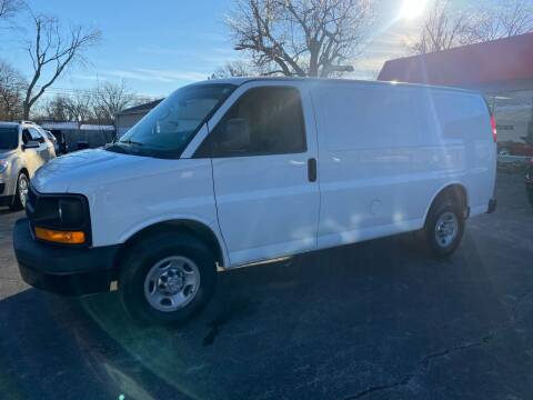 2015 Chevrolet Express Cargo for sale at Used Car Outlet in Bloomington IL