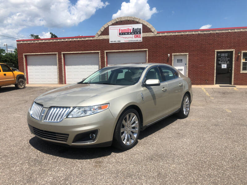 2010 Lincoln MKS for sale at Family Auto Finance OKC LLC in Oklahoma City OK