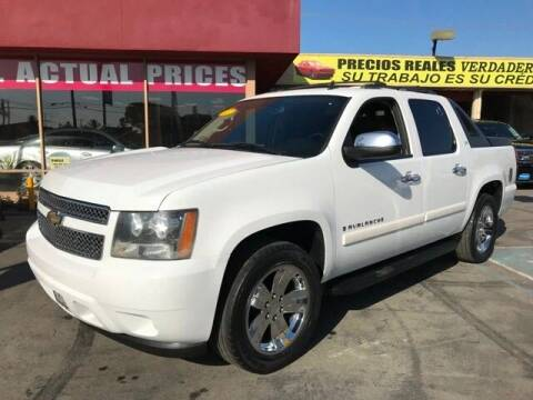2007 Chevrolet Avalanche for sale at Sanmiguel Motors in South Gate CA