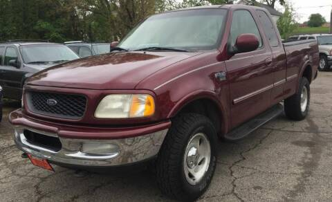 1998 Ford F-150 for sale at Knowlton Motors, Inc. in Freeport IL