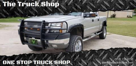 2004 Chevrolet Silverado 2500HD for sale at The Truck Shop in Okemah OK
