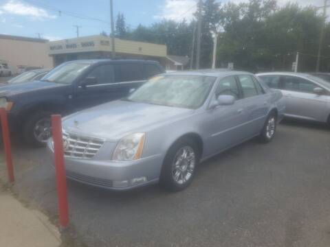 2006 Cadillac DTS for sale at J & J Used Cars inc in Wayne MI