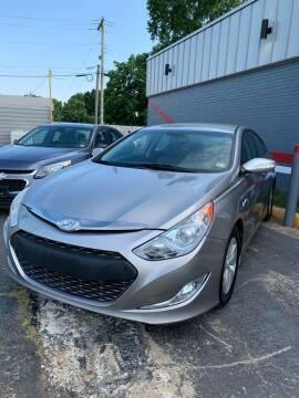 2013 Hyundai Sonata Hybrid for sale at City to City Auto Sales in Richmond VA