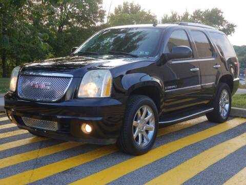 2007 GMC Yukon for sale at FAYAD AUTOMOTIVE GROUP in Pittsburgh PA