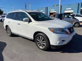 2014 Nissan Pathfinder for sale at Major Car Inc in Murray UT