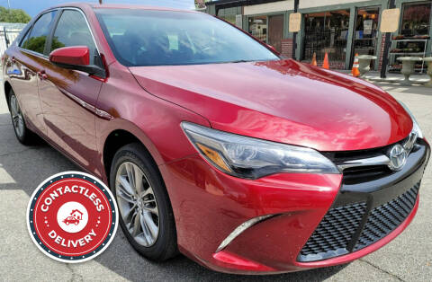 2015 Toyota Camry for sale at ZOOM CARS LLC in Sylmar CA