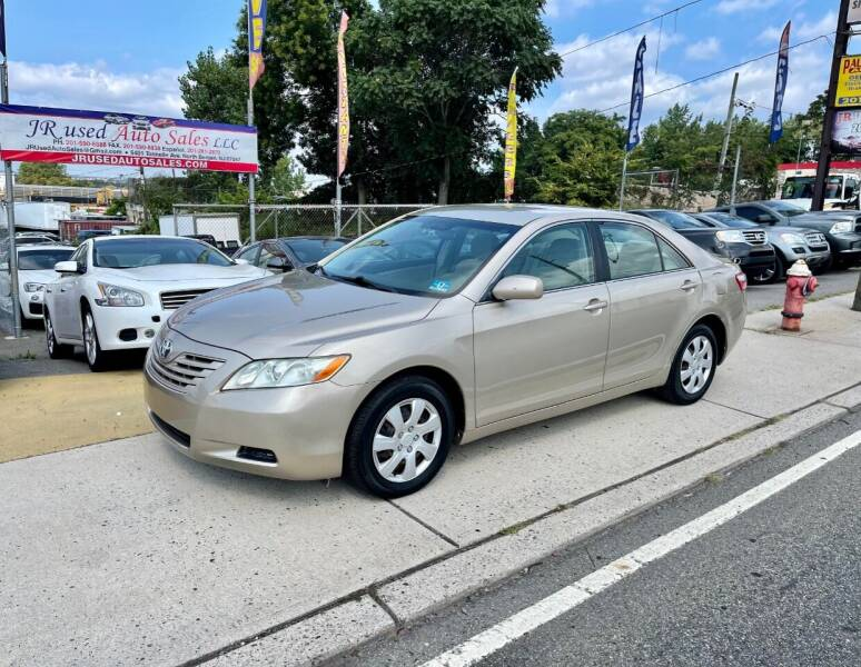 2009 Toyota Camry for sale at JR Used Auto Sales in North Bergen NJ
