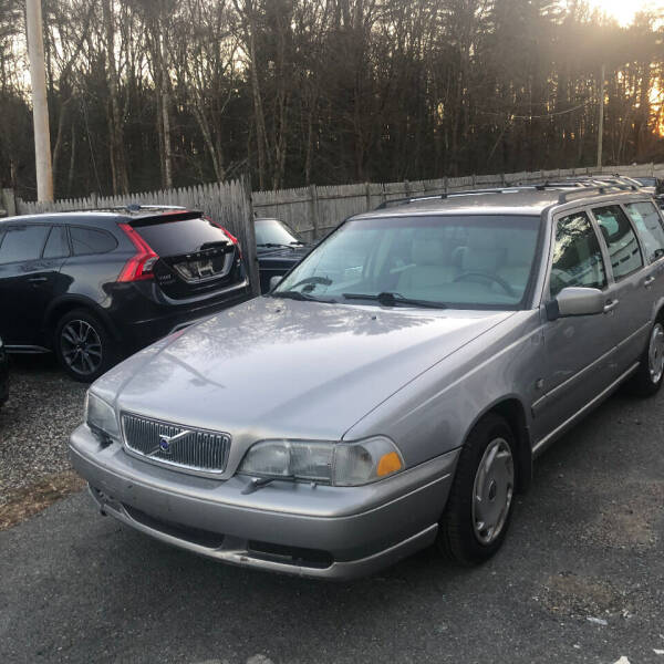 1999 Volvo V70 for sale at Specialty Auto Inc in Hanson MA