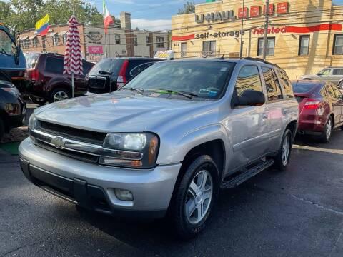 2005 Chevrolet TrailBlazer for sale at White River Auto Sales in New Rochelle NY