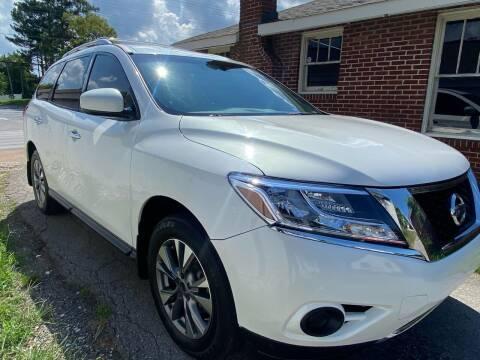 2013 Nissan Pathfinder for sale at Shoals Dealer LLC in Florence AL