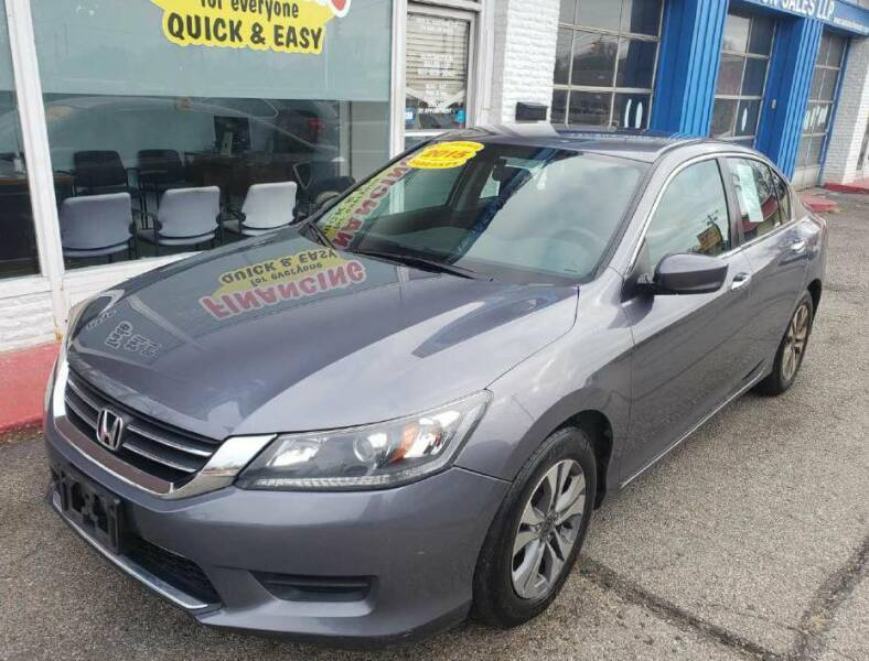 2015 Honda Accord for sale at AutoMotion Sales in Franklin OH