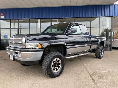 2000 Dodge Ram Pickup 2500 for sale at South Commercial Auto Sales in Salem OR