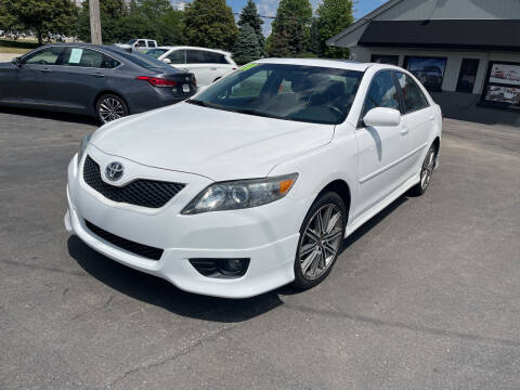 2011 Toyota Camry for sale at Reliable Wheels Used Cars in West Chicago IL