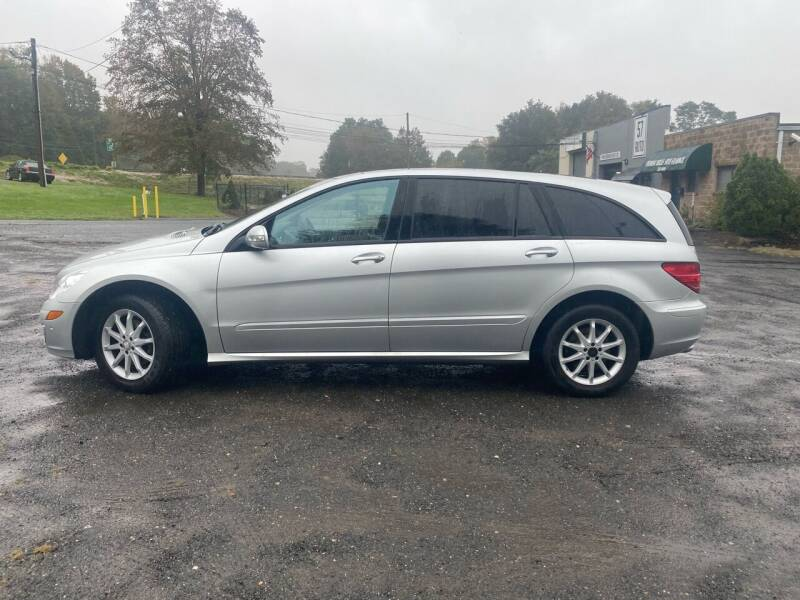 2006 Mercedes-Benz R-Class for sale at 57 AUTO in Feeding Hills MA