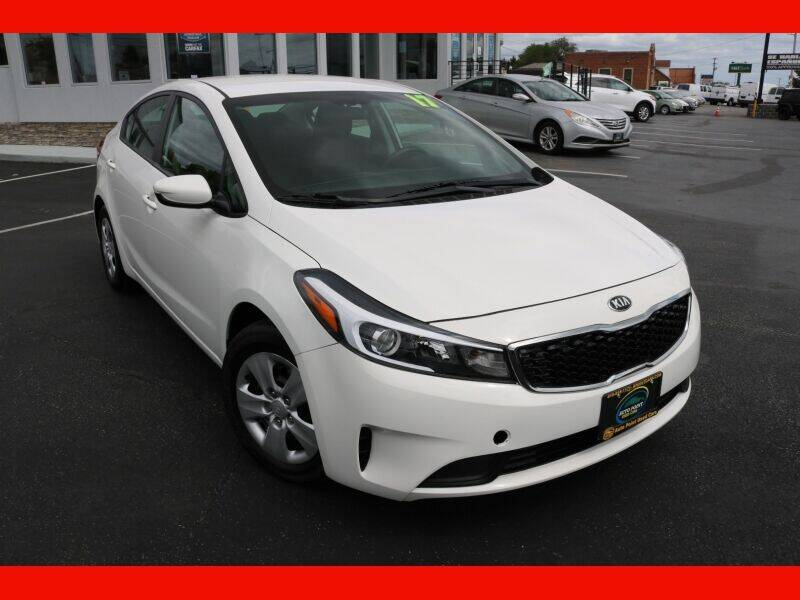 2017 Kia Forte for sale at AUTO POINT USED CARS in Rosedale MD