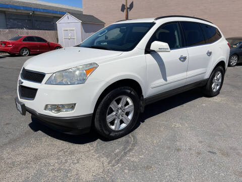 2012 Chevrolet Traverse for sale at Cars 2 Go in Clovis CA