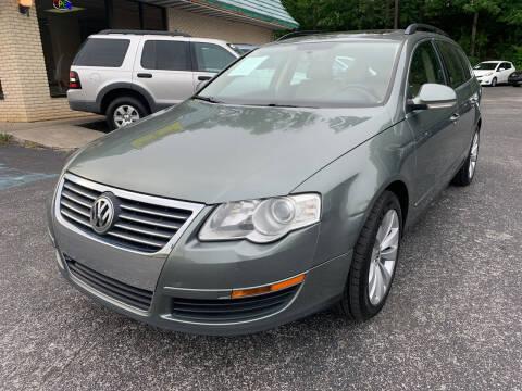 2008 Volkswagen Passat for sale at Diana Rico LLC in Dalton GA