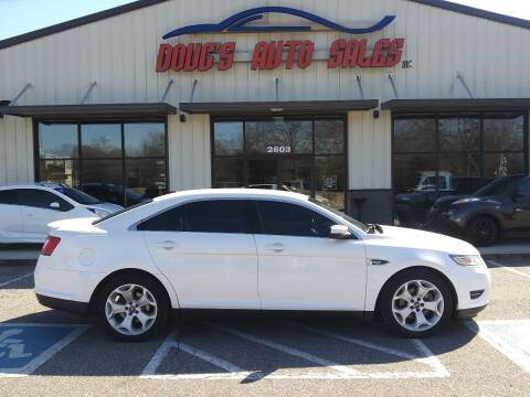2012 Ford Taurus for sale at DOUG'S AUTO SALES INC in Pleasant View TN