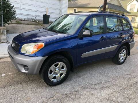 2004 Toyota RAV4 for sale at JE Auto Sales LLC in Indianapolis IN