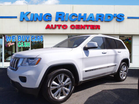 2013 Jeep Grand Cherokee for sale at KING RICHARDS AUTO CENTER in East Providence RI