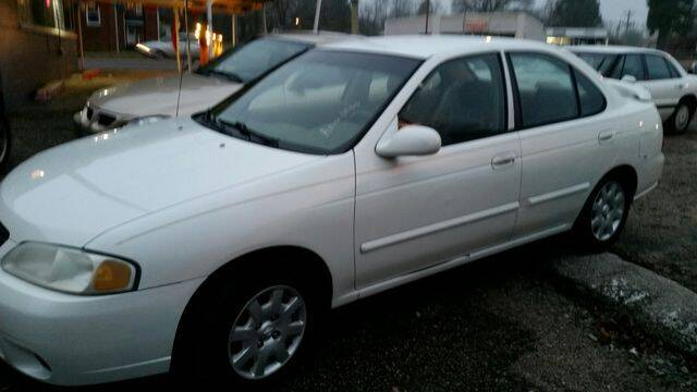 2000 Nissan Sentra for sale at AFFORDABLE DISCOUNT AUTO in Humboldt TN