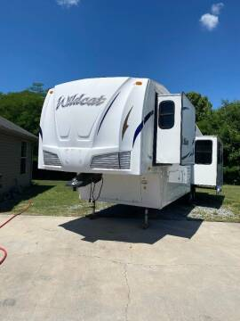 2010 Forest River Wildcat for sale at Autoway Auto Center in Sevierville TN