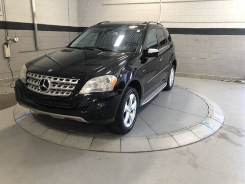 2010 Mercedes-Benz M-Class for sale at Luxury Car Outlet in West Chicago IL