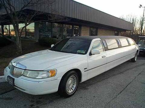 1998 Lincoln Town Car for sale at Black Tie Classics in Stratford NJ