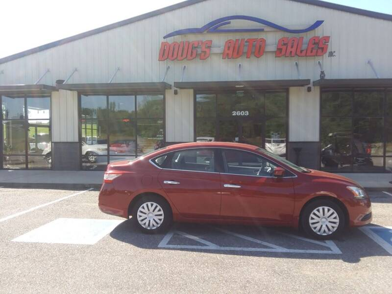 2013 Nissan Sentra for sale at DOUG'S AUTO SALES INC in Pleasant View TN
