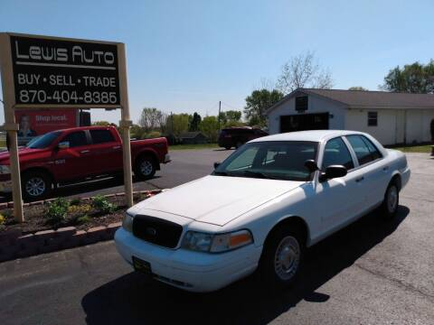 2002 Ford Crown Victoria for sale at LEWIS AUTO in Mountain Home AR