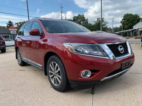 2015 Nissan Pathfinder for sale at Auto Gallery LLC in Burlington WI